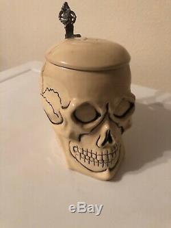 ANTIQUE. 5 Liter GERMAN Character Beer Stein Totemkopf Human Skull #2634