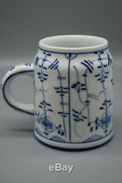Rare19thc German Zwiebelmuster Meissen Porcelain Lithophane Beer Stein, ca. 1780