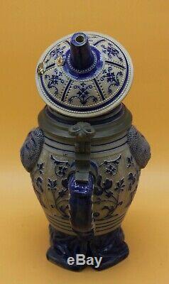 Rare Brewer in barrel german Character beer stein Reinhold Hanke # 622 antique