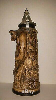 Rare Die Grune Heid 15 German Beer Stein withlid. Fox handle wrapped around deer