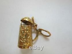 VINTAGE 18K Solid GOLD GERMAN BEER STEIN CHARM WEIGHS 3.83 GRAMS Opens EXCELLENT