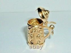 VINTAGE 18k YELLOW GOLD 3D MOVEABLE GERMAN BEER STEIN PENDANT CHARM